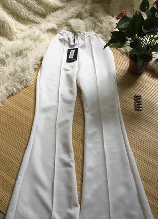 Невероятно красивые штанишки клёш