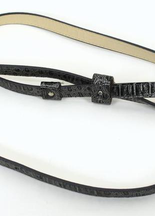 Черно-серый ремень со змеиным принтом