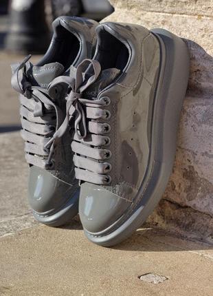 Кроссовки alexander mcqueen grey patent кожа лак серый цвет (36-42)💜