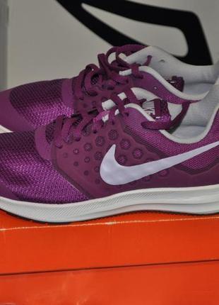 Nike женские беговые кроссовки 38 24 см новые