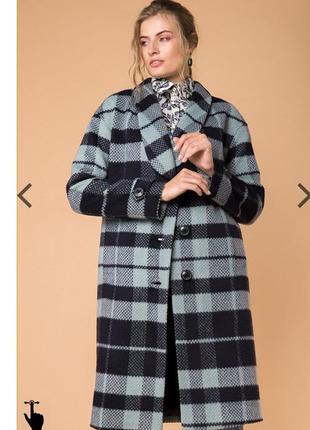 Модное женское пальто в клетку