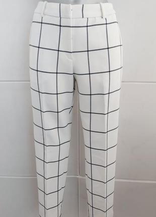 Новые стильные брюки h&m в клетку зауженного кроя