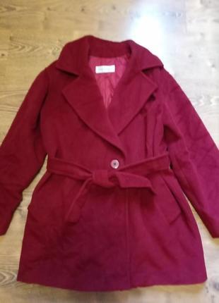 Шикарное красное пальто max mara
