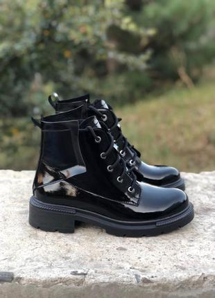 Ботинки натур кожа лаковая2 фото