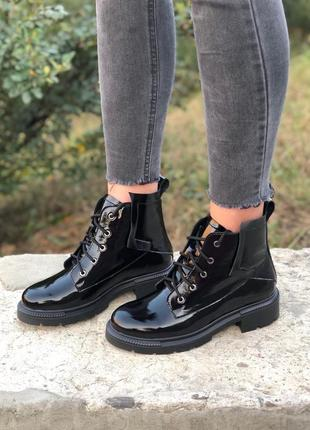 Ботинки натур кожа лаковая