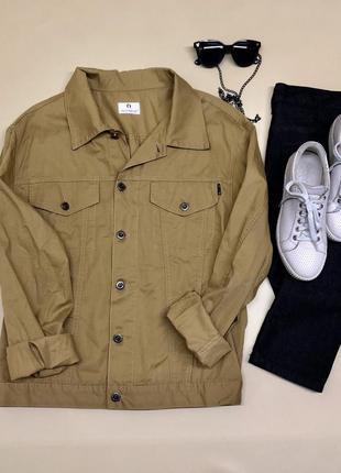 Объемная куртка «с мужского плеча»