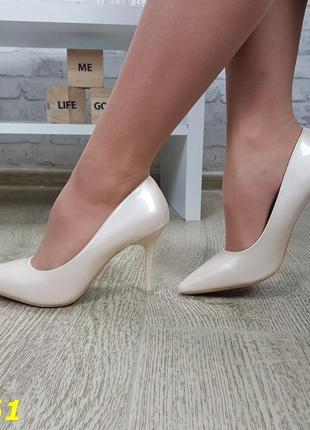 Туфли кожаные на невысоком каблуке, туфли кожаные бежевые, женские стильные базовые туфли