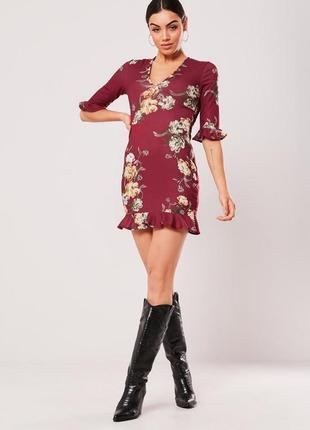 Missguided.товар из англии. платье с рюшами и воланами в цветочном принте.