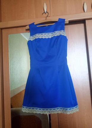 Шикарное платье nikolo polini