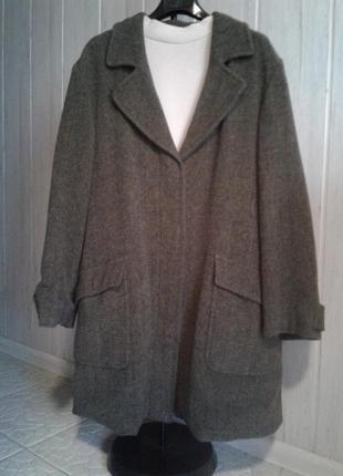 Комфортное и уютное шерстяное пальто boyfriend max mara оригинал размер 14/16