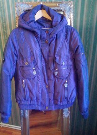 Куртка фиолетового цвета