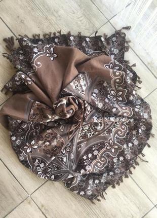 Палантин шарф платок кисти