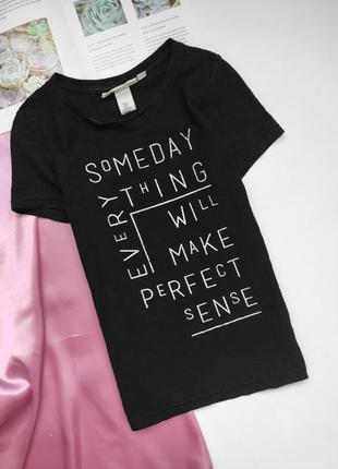 Чорна футболочка h&m з написами ❤