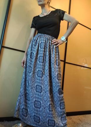 Длинная юбка в цветочный прини от f&/f