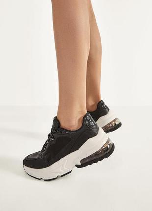 Кроссовки кросовки кросы белые черные объемная подошва новые bershka