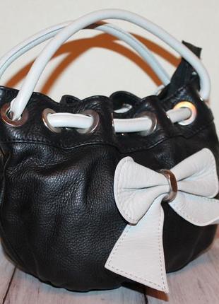 Милая кожаная сумка с бантиком 100% натуральная кожа италия!