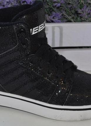 Роликовые кроссовки heelys р. 35 по стельке 23 см