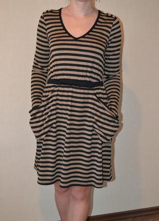 Платье английской торговой марки uttam boutique