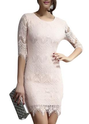 Короткое светло розовое кружевное гипюровое платье с рукавом на роспись выпускной св-2797
