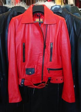 Куртка кожа натуральная  короткая красная