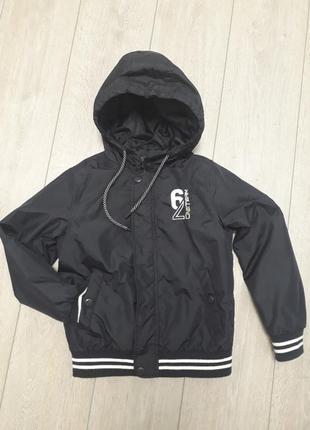 Куртка- ветровка o'stin 9 лет