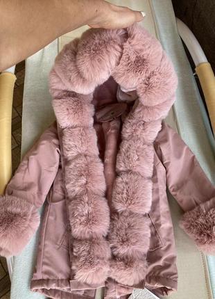 Шикарная курточка на девочку