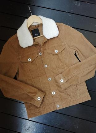 Вельветовая куртка.