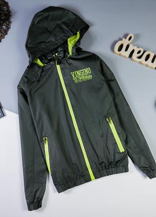 Куртка, ветровка р-р s-m