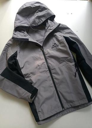 Легкая ветро /водонепроницаемая куртка от немецкого бренда crivit, 40р