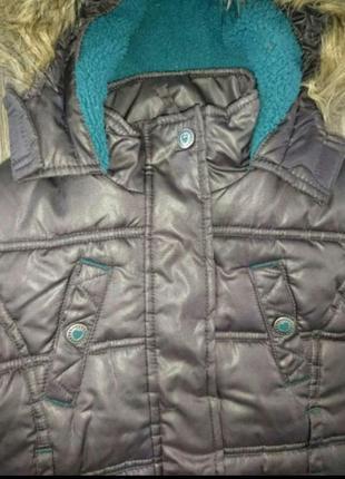 Красивая теплая курточка для девочки