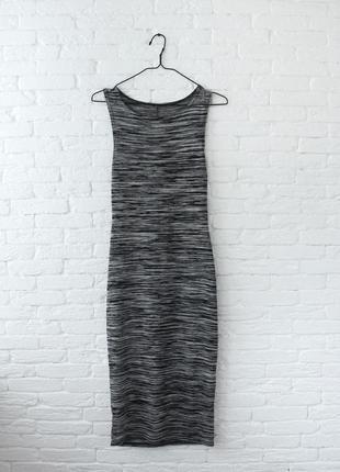 Платье миди прямого кроя