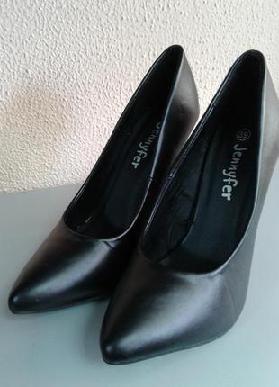 Новые туфли jennyfer размер 39
