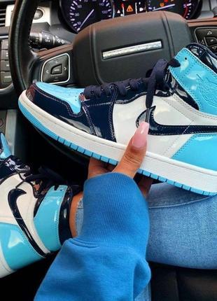 Шикарные женкские кроссовки nike air  jordan  1 retro high patent blue