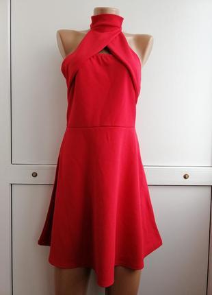 Платье красное праздничное с открытой спиной короткое