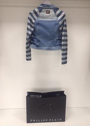 Джынсовая куртка со стразами svarovski