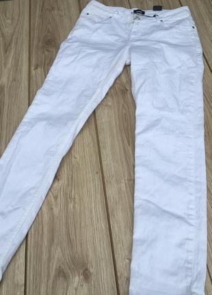 Стильные актуальные штаны брюки джинсы тренд h&m