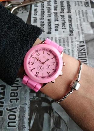 Часы наручные женские розовые силиконовые годинник