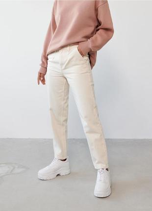 Актуальные джинсы mom высокая талия sinsay