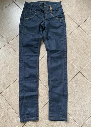 Стильные брендовые джинсы object р.26