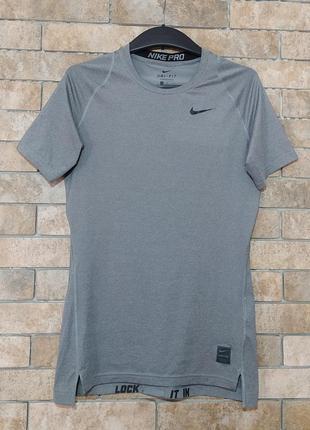 Nike dri-fit оригинал  спортивная футболка для бега спорта фитнеса размер m