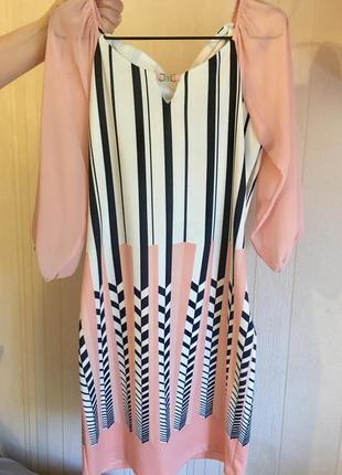 Платье абрикос с бантиком на спине