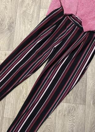 Интересные полосатые штанишки