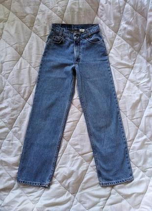 Актуальные широкие голубые джинсы прямого кроя прямые levis levi's 550 мом высокая посадка