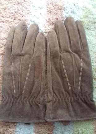Шикарные перчатки на байке из натуральной замши