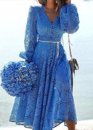 В наличии шикарное платье стиль zimmermann