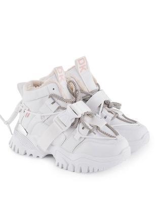 Зимние кроссовки с ремешками карабином ботинки на платформе с мехом