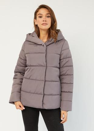 Свободная демисезонная осенняя утепленная куртка
