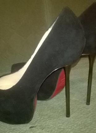 Продам туфли sasha fabiani