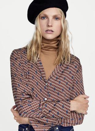 Шикарная блузка блуза zara лого принт большой размер