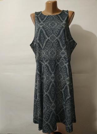 Платье миди новое красивое в орнамент h&m xl